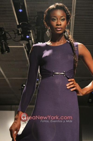 Reds Boutique at NYFW reported by GaptoothDiva.com