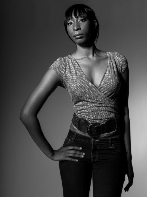 Amanda Lewis on GaptoothDiva Featured Style