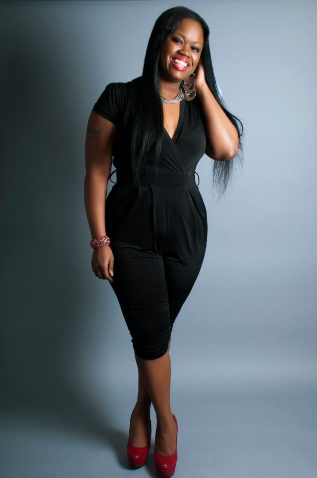 Theresa Powell Featured Style on GaptoothDiva.com